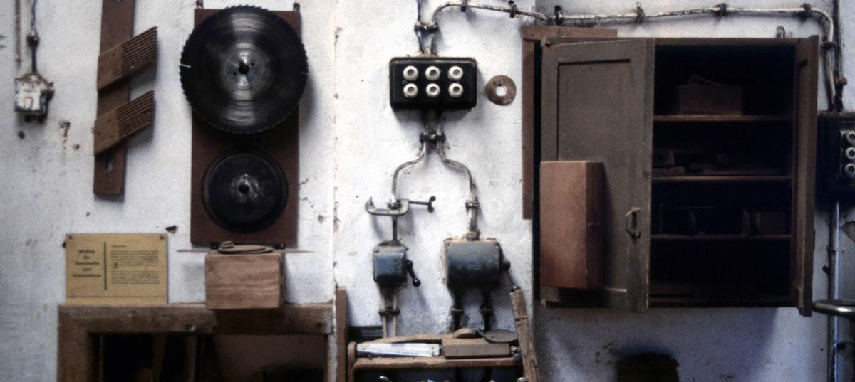 "Fotoserie ""Werkstatt Schulstraße"", ehemalige Tischlerei Ralle, Varel, 2011"